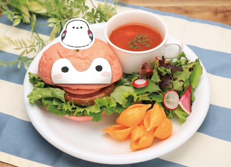 แฮมเบอร์เกอร์ เมนูยอดฮิตจาก Koupen chan Cafe ที่นอกจากหน้าตาน่ารักแล้วยังอร่อย