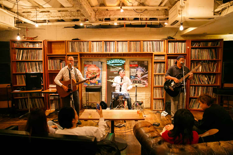 LGBT Cafe in Tokyo : ไทม์เอาท์ คาเฟ่แอนด์ไดเนอร์ (Time Out Cafe & Diner)