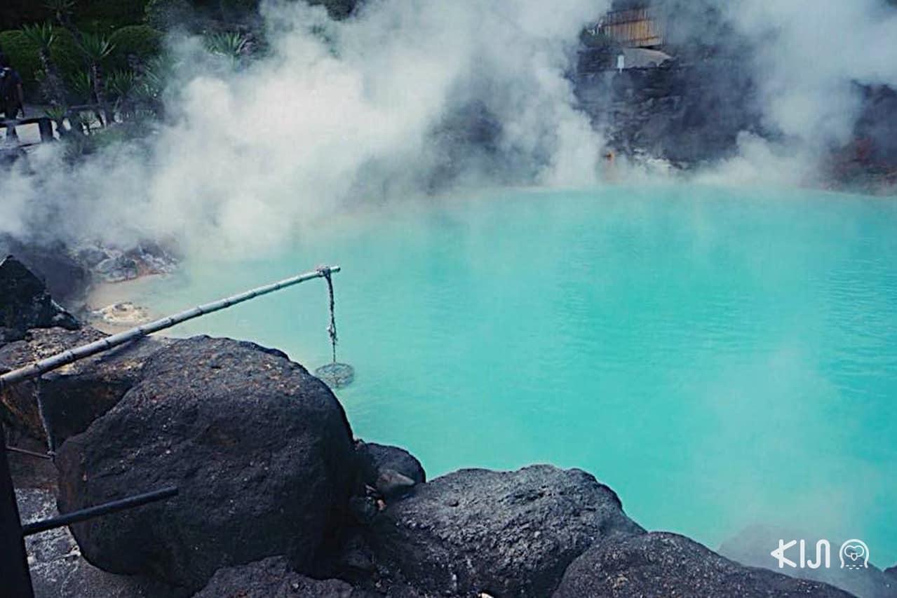 บ่ออุมิ จิโกกุ (Umi Jigoku) เป็นบ่อน้ำร้อนที่ใหญ่ที่สุดในจิโกกุ เมกุริ ของเมือง Beppu