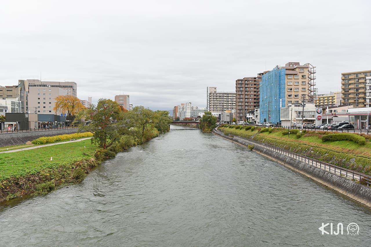 แม่น้ำคิตะคามิ (Kitakami River) จ.อิวาเตะ (Iwate)