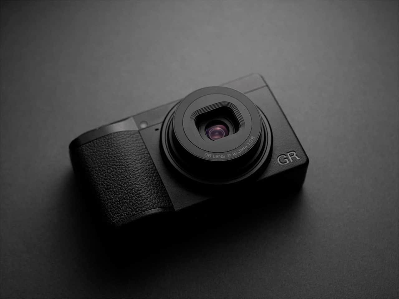 กล้องคู่ใจตัวเล็กพริกขี้หนู Ricoh GR III