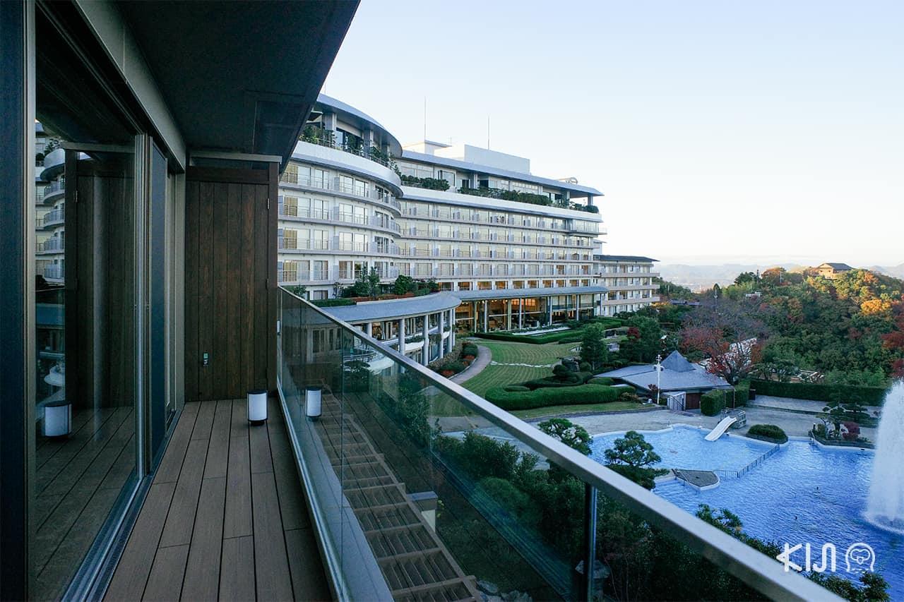 Arima Grand Hotel - บรรยากาศบริเวณด้านนอกโรงแรม