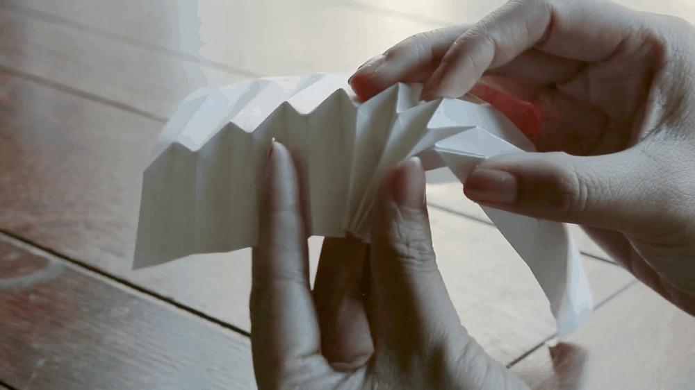 เครื่องดนตรีที่ทำจากกระดาษ ภายในงาน Kamihaku in Sendai
