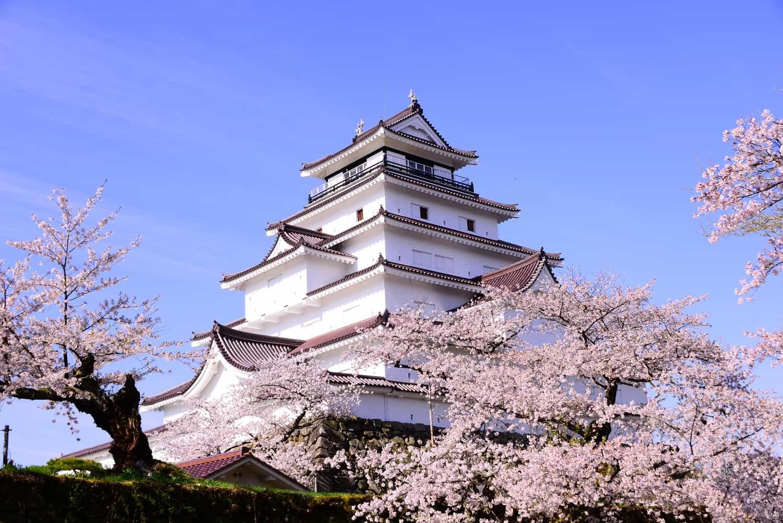 ปราสาทสึรุกะ (Tsuruga Castle) ปราสาทญี่ปุ่น บรรยากาศดีของจ.ฟุกุชิมะ