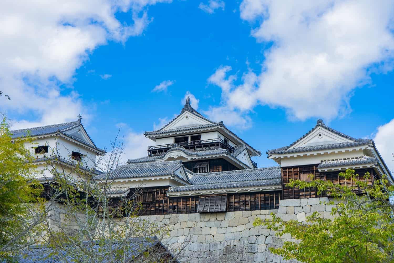 ปราสาทมัตสึยามะ (Matsuyama Castle) ปราสาทญี่ปุ่น ในเมืองมัตสึยามะ จังหวัดเอฮิเมะ