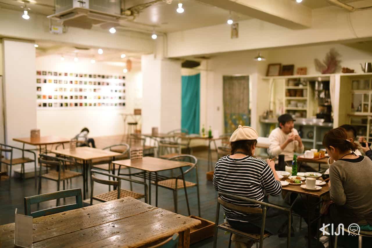 บรรยากาศสุดโฮมมี่ภายในร้าน Kichimu Event Space & Cafe