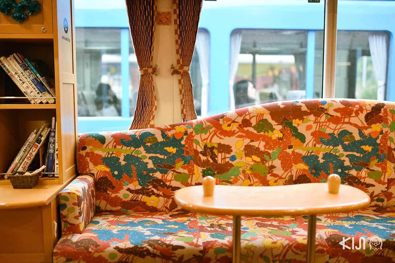 บรรยากาศภายในขบวนรถไฟ Kyoto Tango Railway