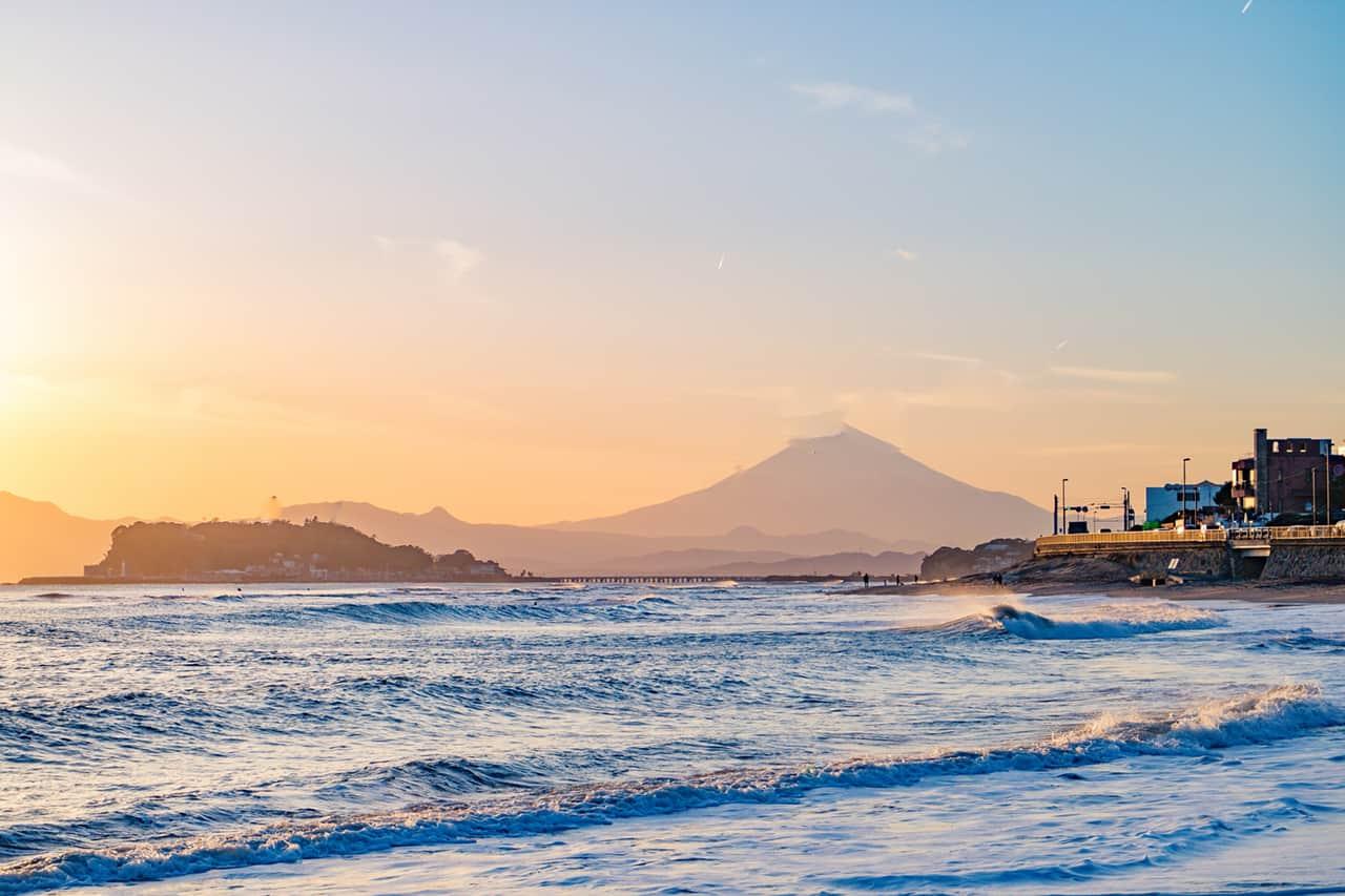 วิวพระอาทิตย์ตกดิน Cape Inamuragasaki ใช้ Enoden 1 Day Pass นั่งมาลงที่สถานี Inamuragasaki