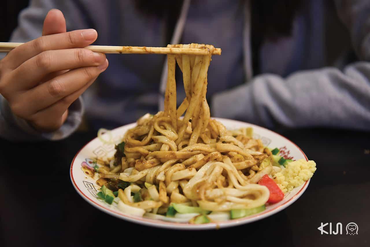โมริโอกะจาจาเมน (Morioka Jajamen) อาหารขึ้นชื่อ โมริโอกะ
