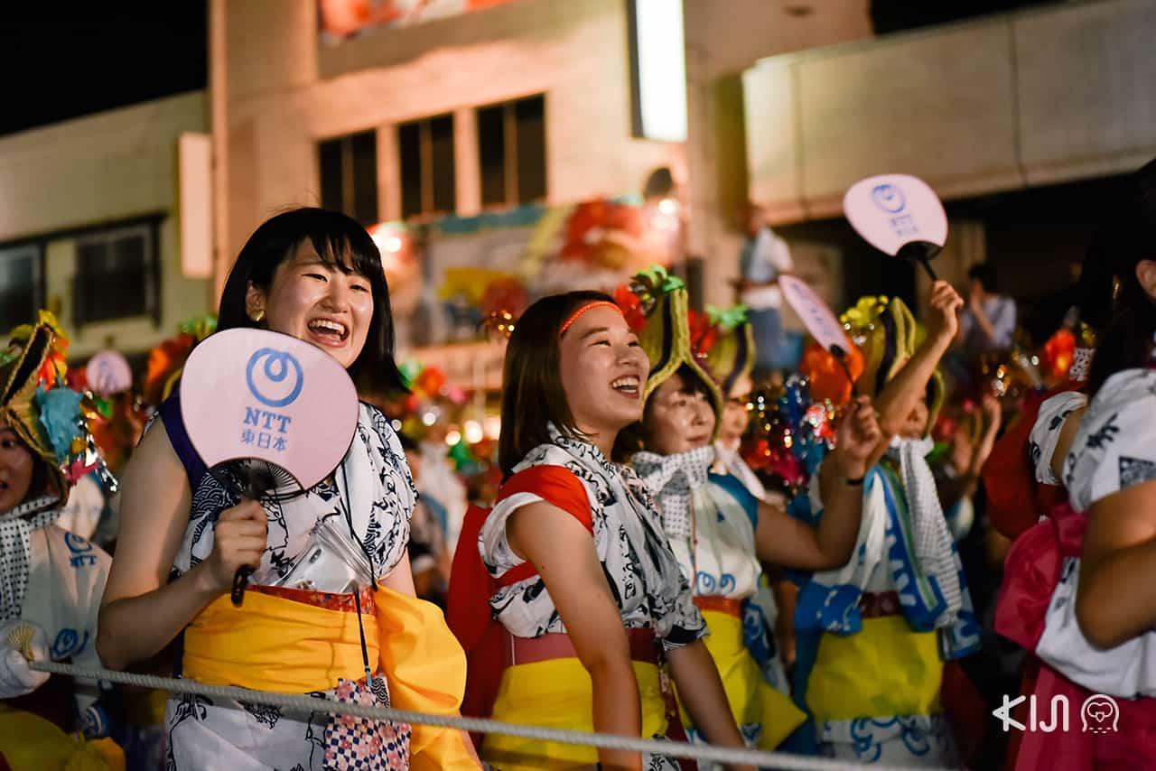 บรรยากาศภายในงานเทศกาลฤดูร้อนเนบูตะมัตสึริ (Nebuta Matsuri)