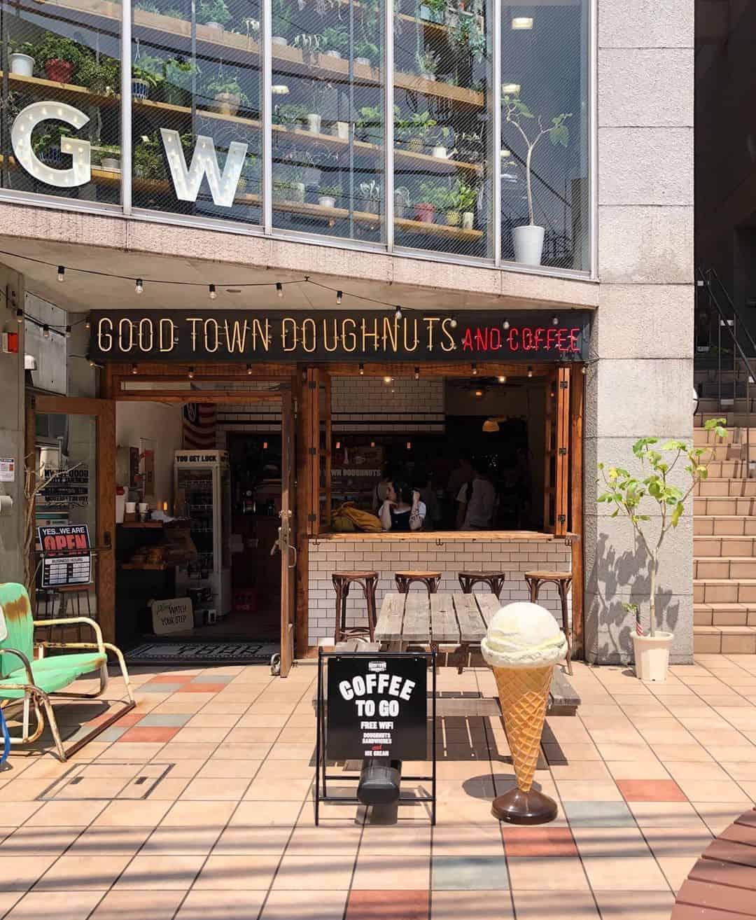 บรรยากาศของร้าน Good Town Doughnuts and Coffee