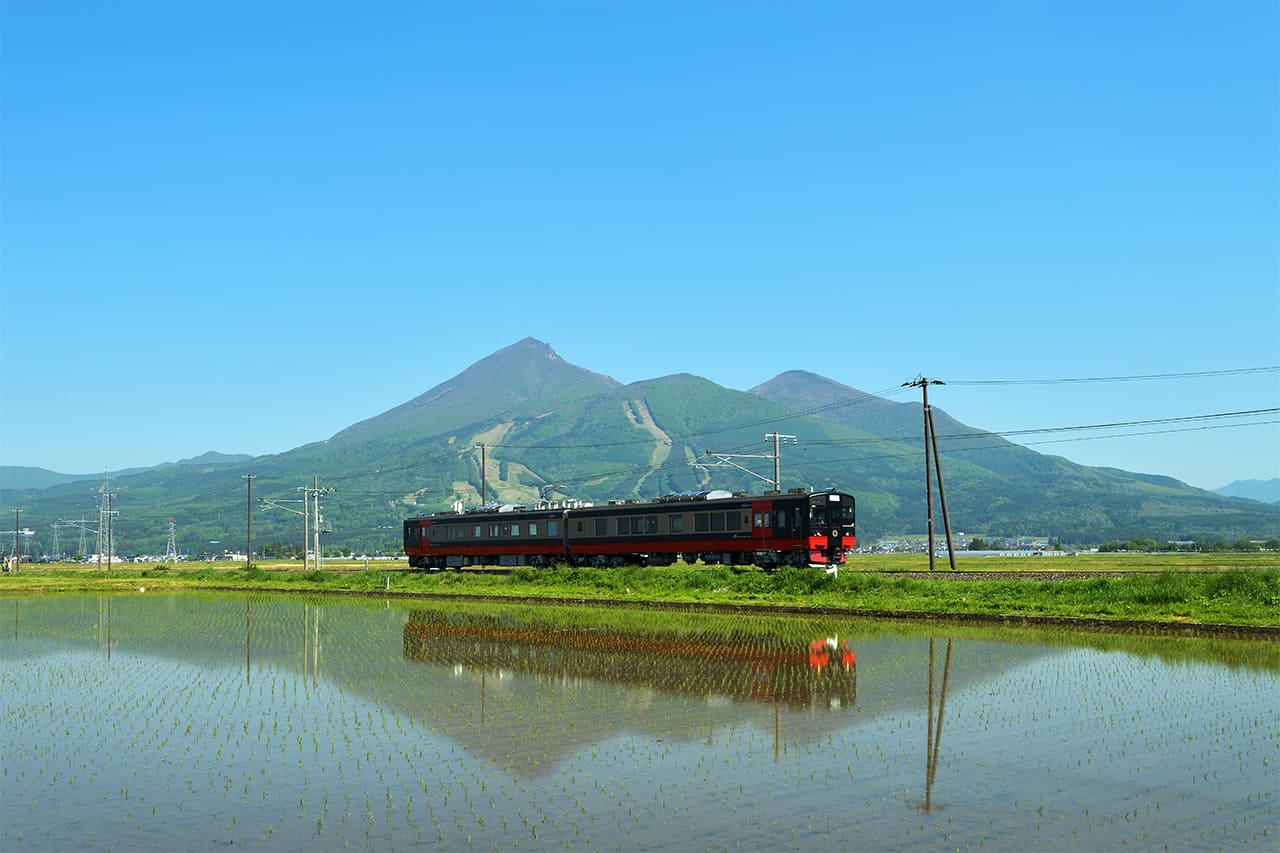 ฟรุตเทีย ฟุกุชิมะ (FruiTea Fukushima) วิ่งระหว่างสถานีโคริยามะ-คิตะคาตะ
