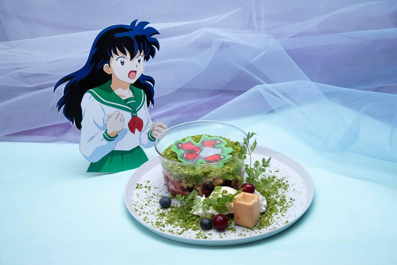 Inuyasha! Sit Down! Parfait พาร์เฟ่ต์ผลไม้ที่จำหน่ายภายใน Inuyasha Cafe