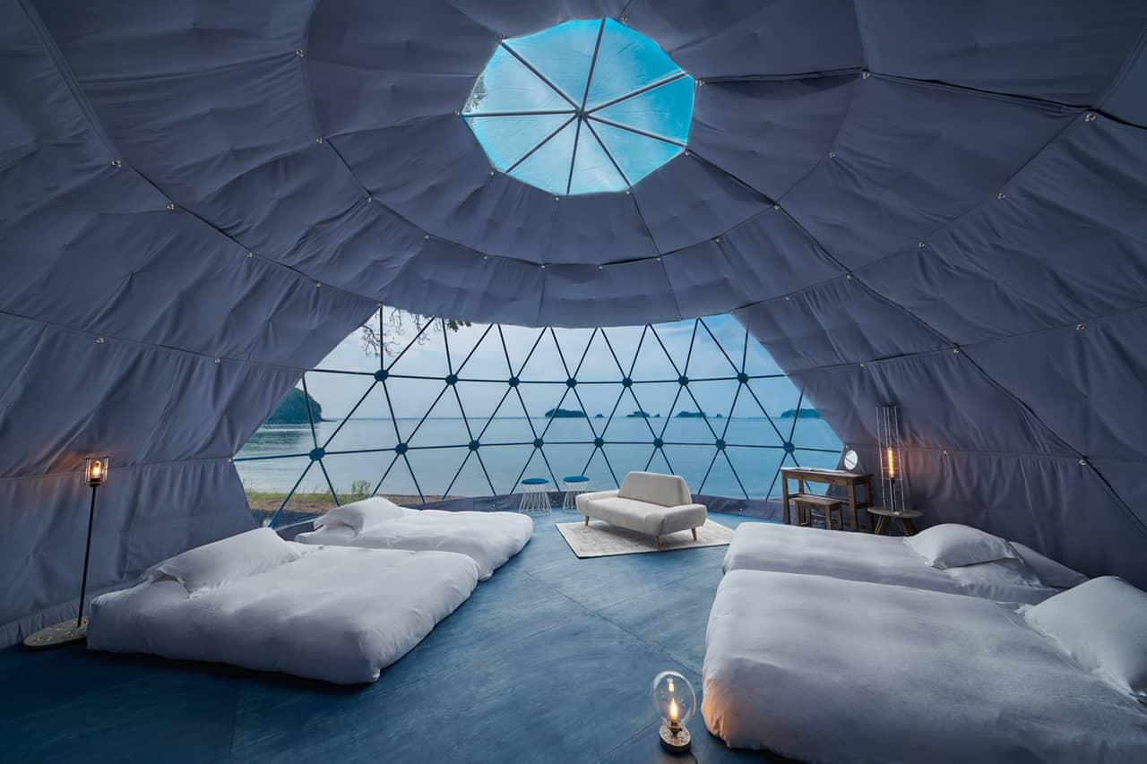 บรรยากาศสุดไพรเวทภายในเต็นท์ที่พักแกลมปิ้งของ GLAMP OCEAN ISESHIMA