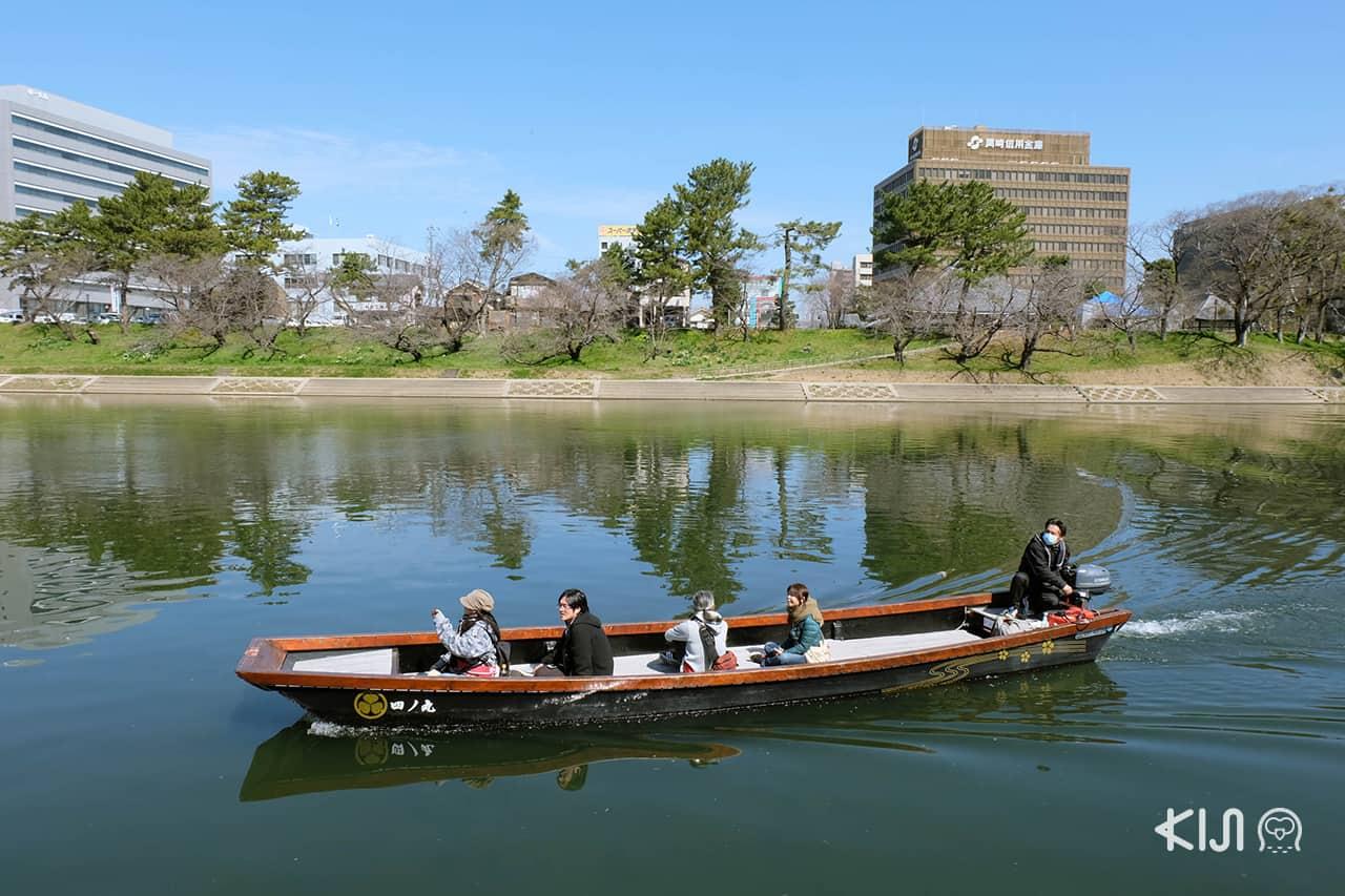 นั่งเรือล่องแม่น้ำโอโตะไปชมต้นคาวาสึซากุระ ของเมือง โอคาซากิ (Okazaki)