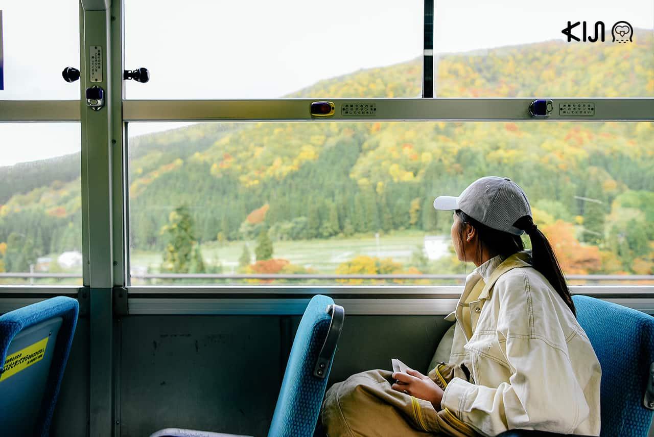นั่งรถบัสอุโกะ คตซือ (Ugo Kotsu) เที่ยวโอยาสุเคียว (Oyasukyo)