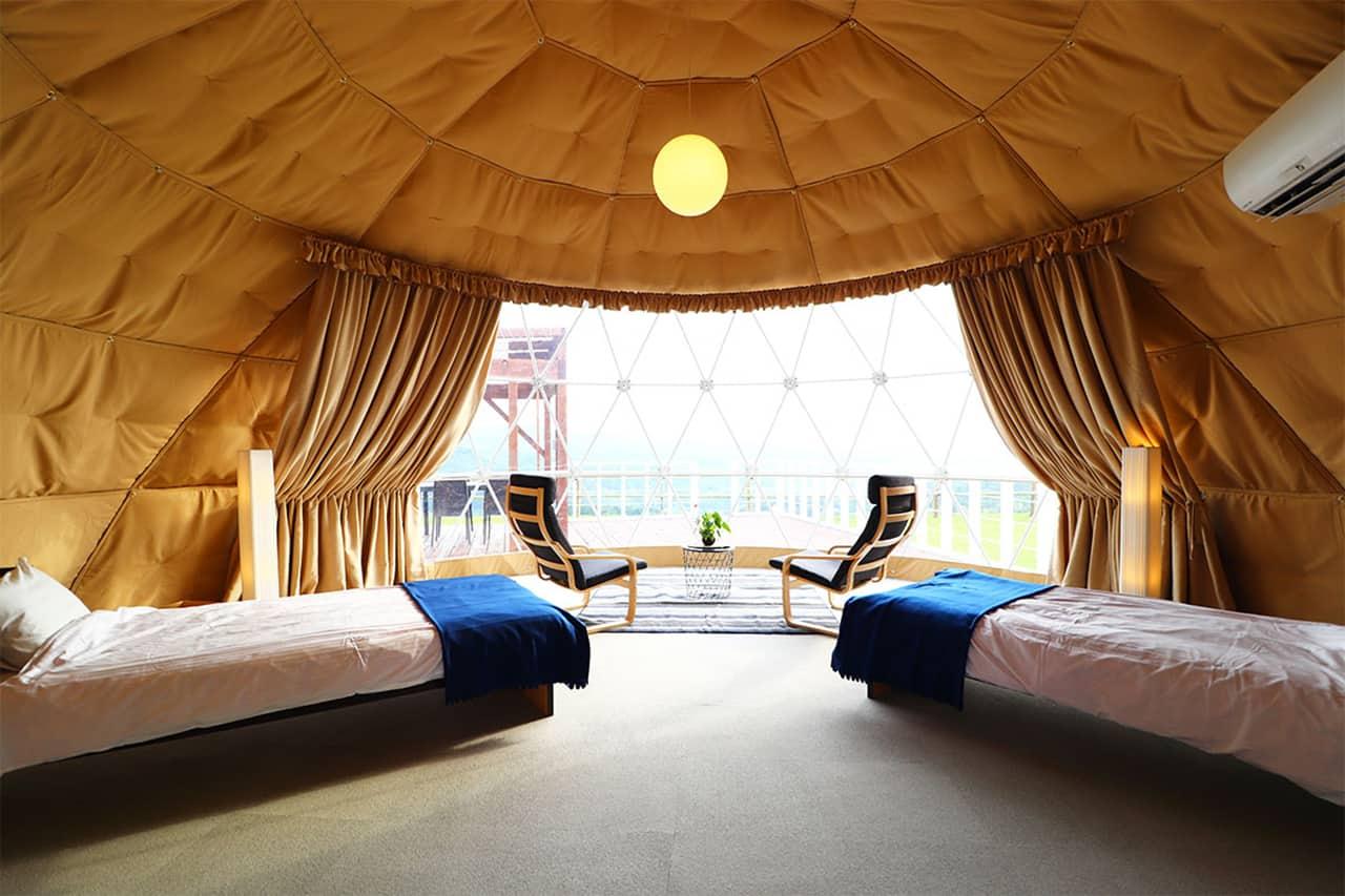 GLAMP DOME Kobe Tenku : บรรยากาศภายในห้องพักแบบ Private View Terrace