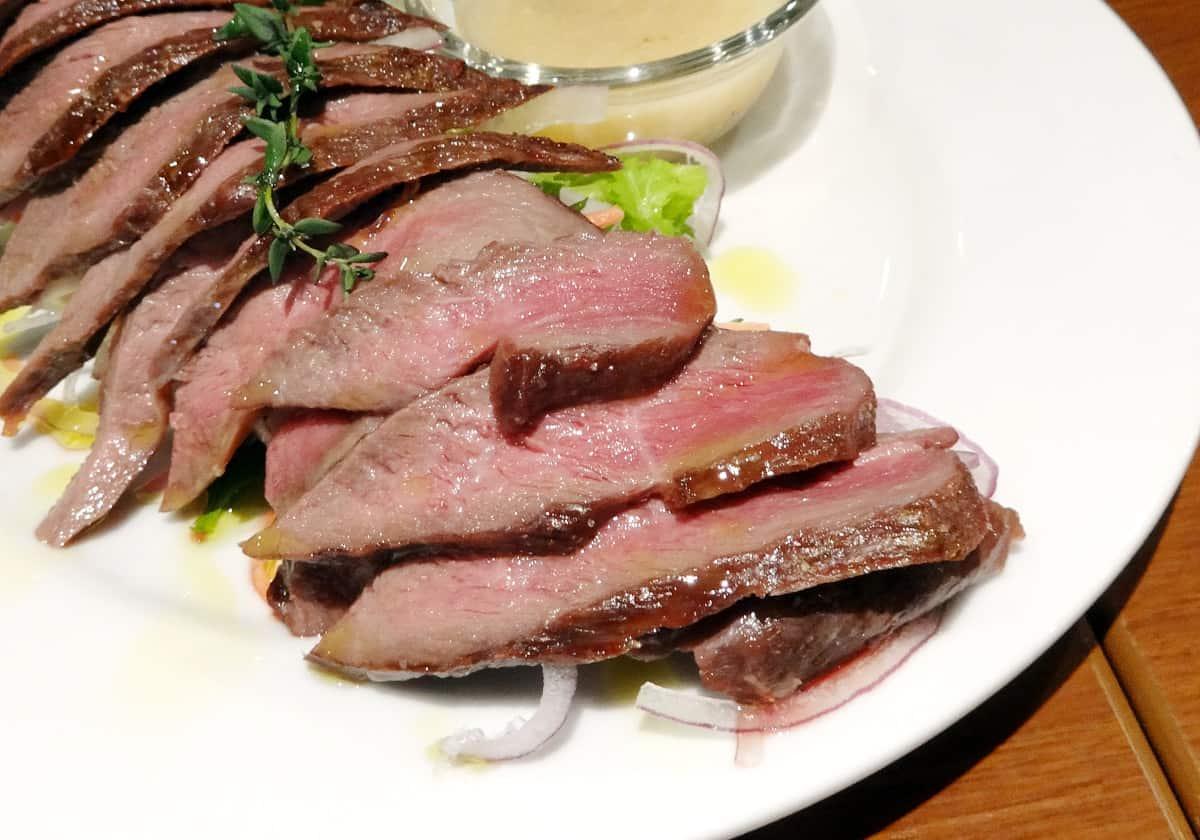 เนื้อกวาง (Shikaniku) หนึ่งในอาหารท้องถิ่นของฮอกไกโด
