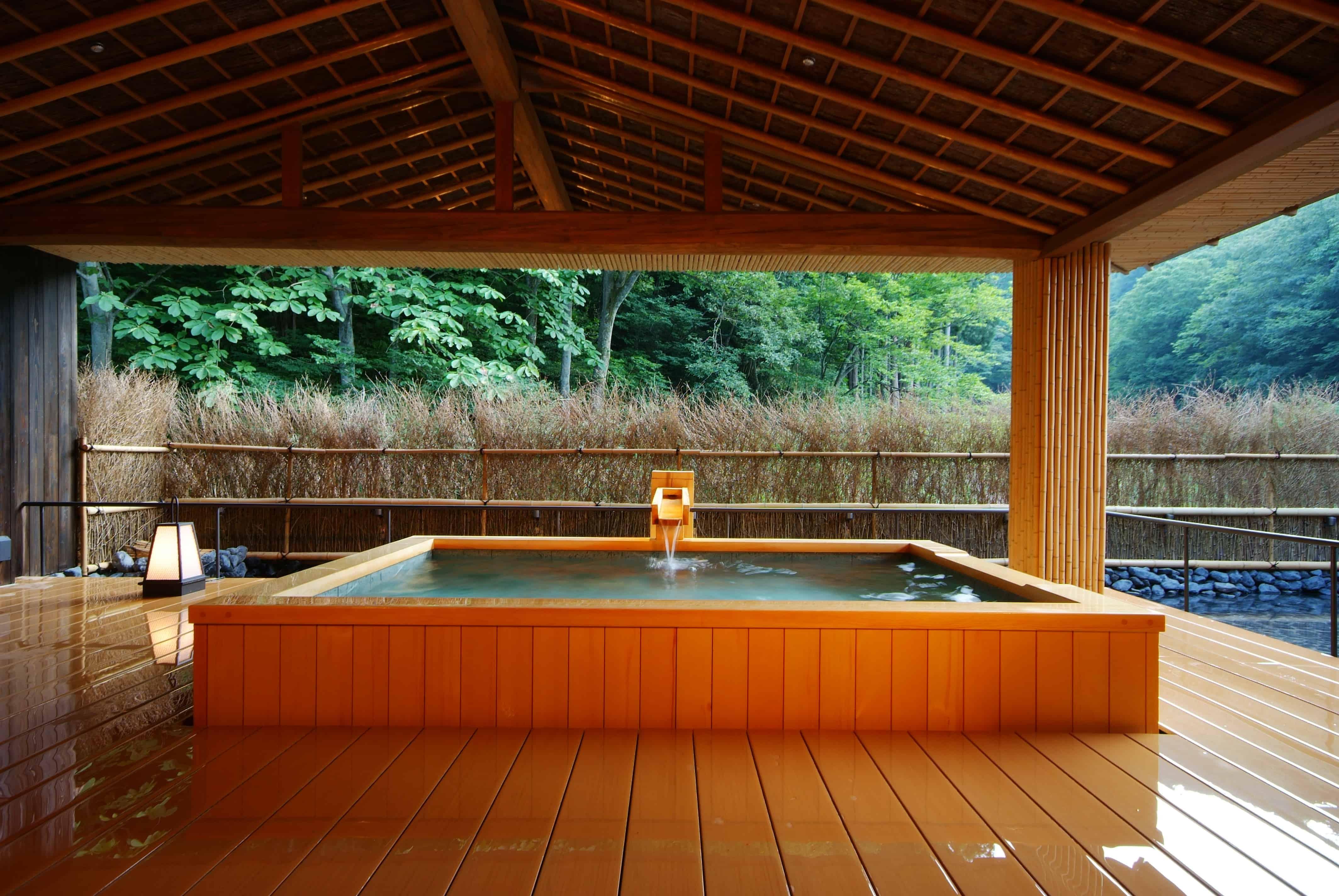 ออนเซ็นแบบส่วนตัว ที่ คิโนะซากิออนเซ็น : Nishimuraya Hotel Shogetsutei