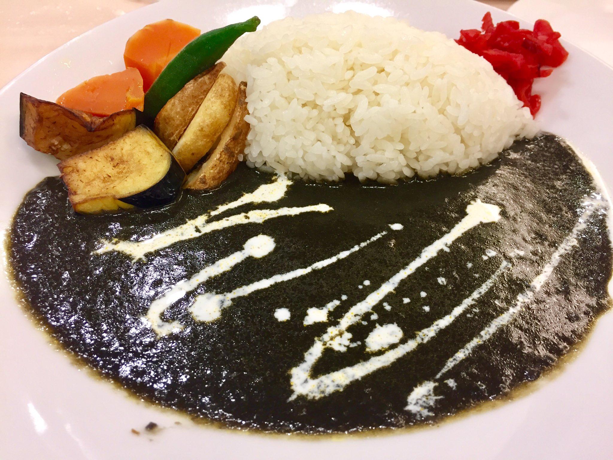แกงกะหรี่ ญี่ปุ่น : แกงกะหรี่ดำโอมุระอามาคาระ (Omura Amakara Kuro Curry) จ.นางาซากอ (NAGASAKI)