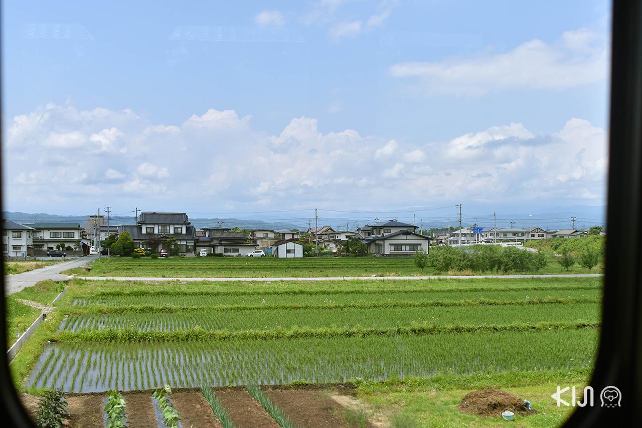 วิวระหว่างทางบนรถไฟ Toreiyu Tsubasa