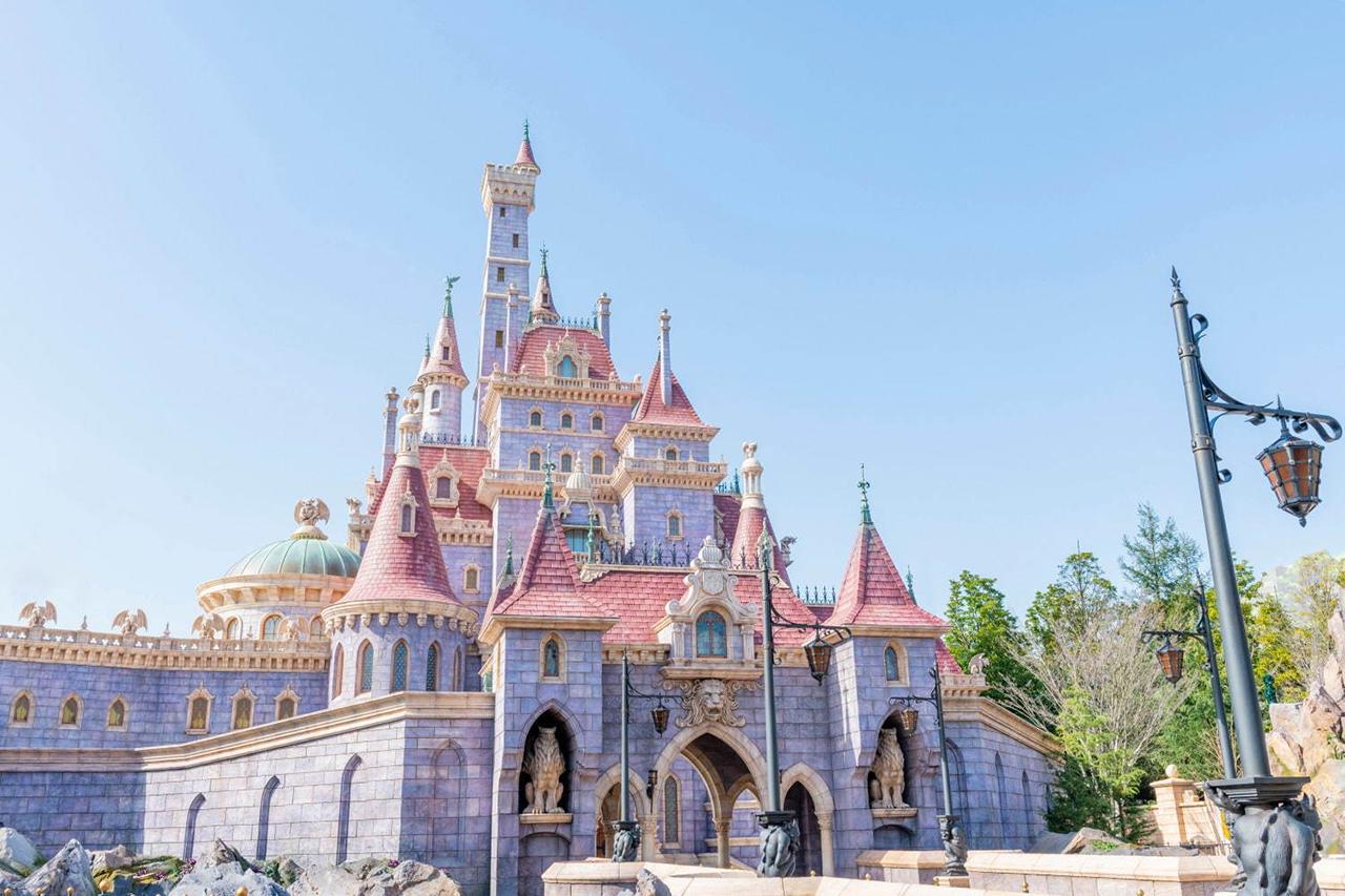 ปราสาทในธีม Beauty and the Beast โซนเครื่องเล่นใหม่ของ โตเกียวดิสนีย์แลนด์(Tokyo Disneyland)