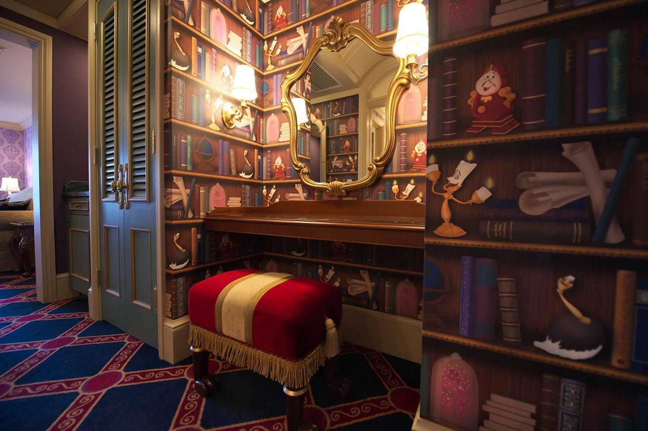 ห้องพักของ Tokyo Disneyland Hotel เหมือนกับหลุดออกมาจากในการ์ตูนจริงๆ