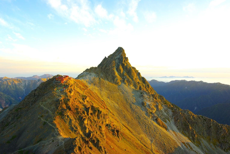 ภูเขา ยาริกาทาเกะในประเทศ ญี่ปุ่น