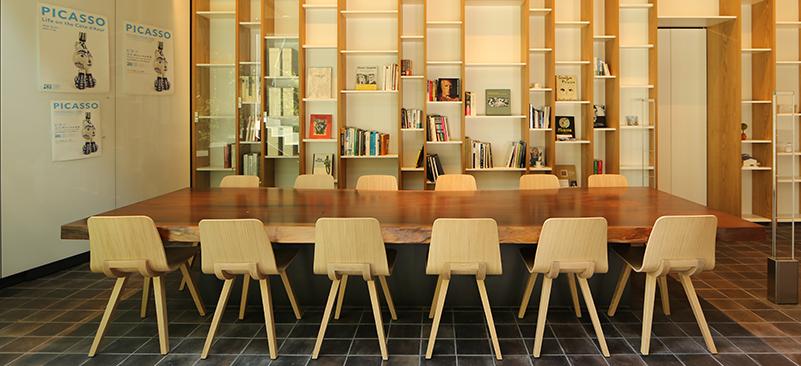ห้องสมุดขนาดเล็กของ YOKU MOKU MUSEUM