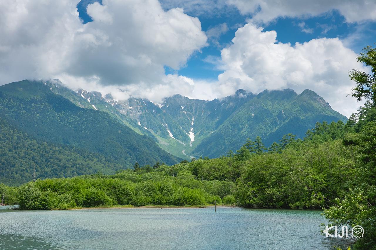คามิโคจิ (Kamikochi) รายล้อมไปด้วยธรรมชาติอันอุดมสมบูรณ์