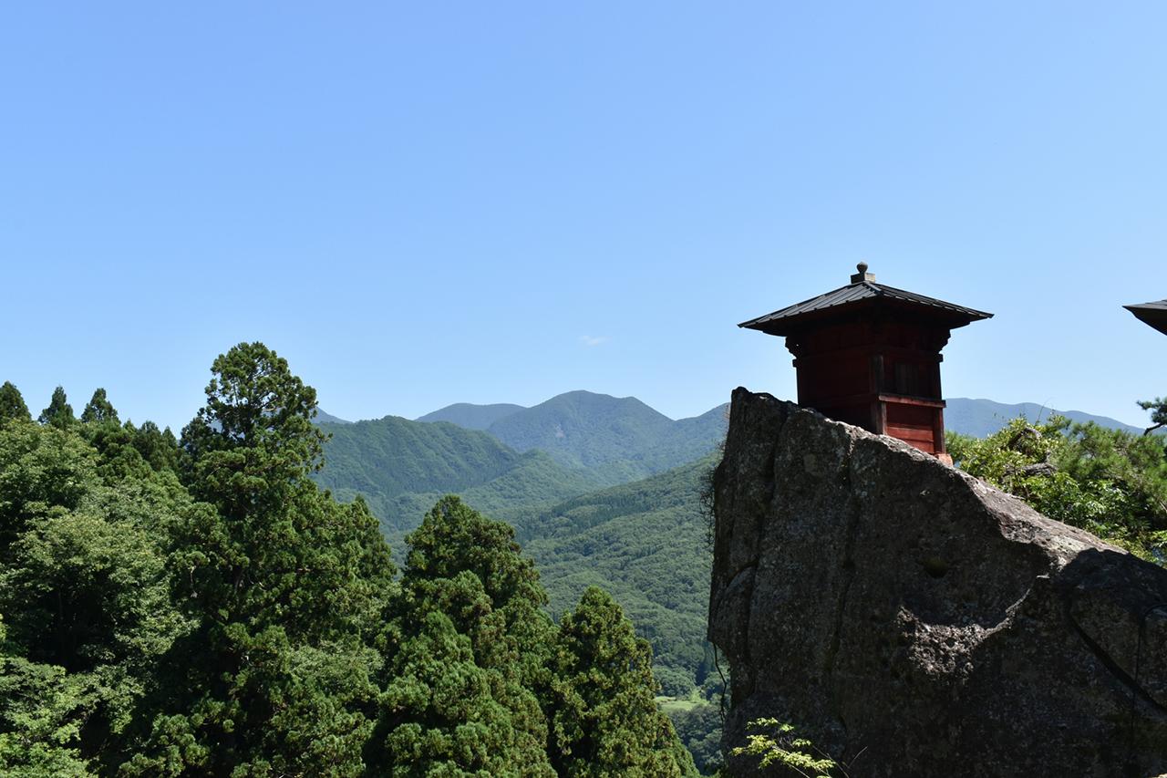 เที่ยวยามากาตะ (โยเนซาวะ และ ยามาเดระ) : วิหาร Godaido ของ วัดยามาเดระ (Yamadera Temple)