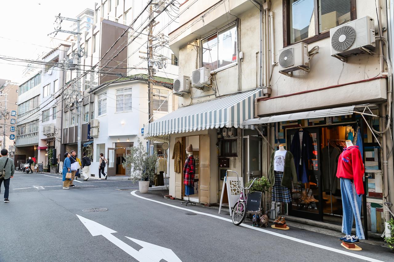 ถนนช็อปปิ้งโมโตมาจิ (Motomachi Shopping Street) แหล่งรวมร้านค้ามีสไตล์มากมาย