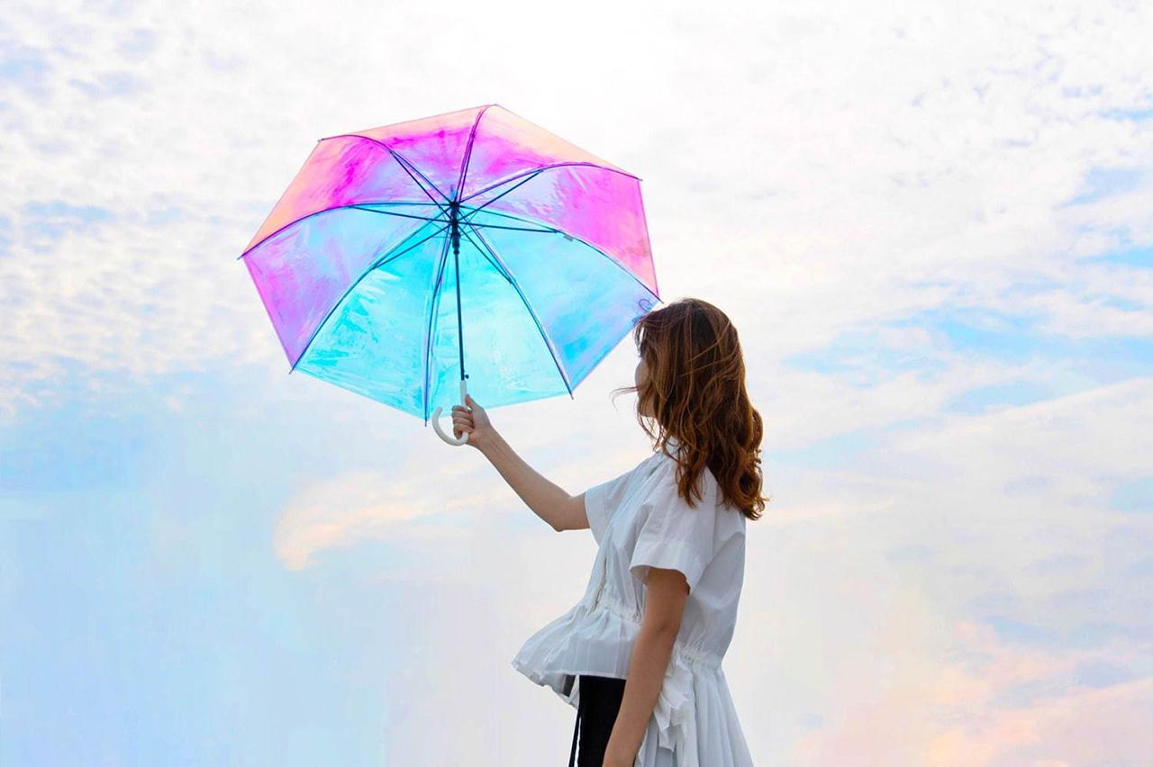 ร่มสีรุ้ง Aurora Vinyl Umbrella