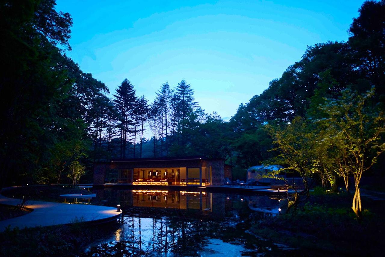 HOSHINOYA Karuizawa บาร์และคาเฟ่ท่ามกลางธรรมชาติป่าเขา