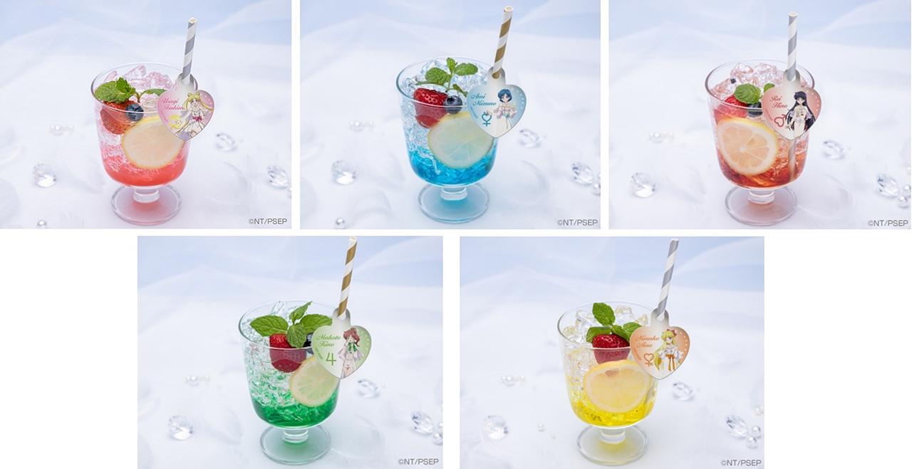 แม้แต่เครื่องดื่มใน Sailor Moon CAFE ก็ถูกออกแบบให้มีคาแรกเตอร์ตามตัวละครในเรื่องเซเลอร์มูน