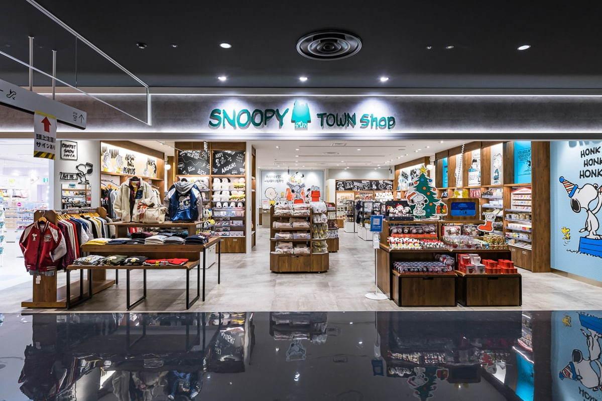 ตัวอย่างร้านค้าเกี่ยวกับการ์ตูนภายใน PARCO Shinsaibashi
