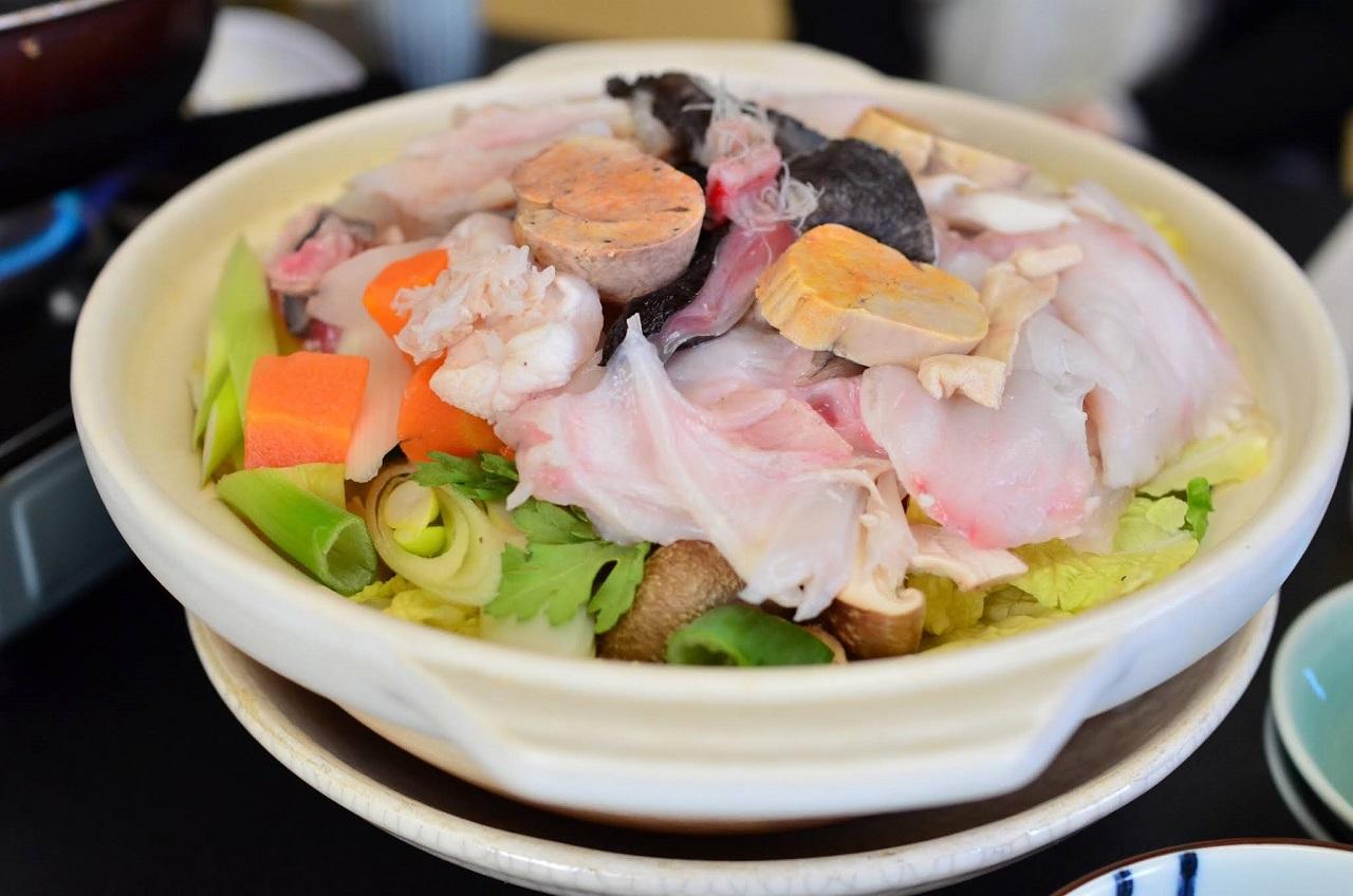 อาหาร จ. อิบารากิ (Ibaraki) - อังโคนาเบะ (Anko Nabe)