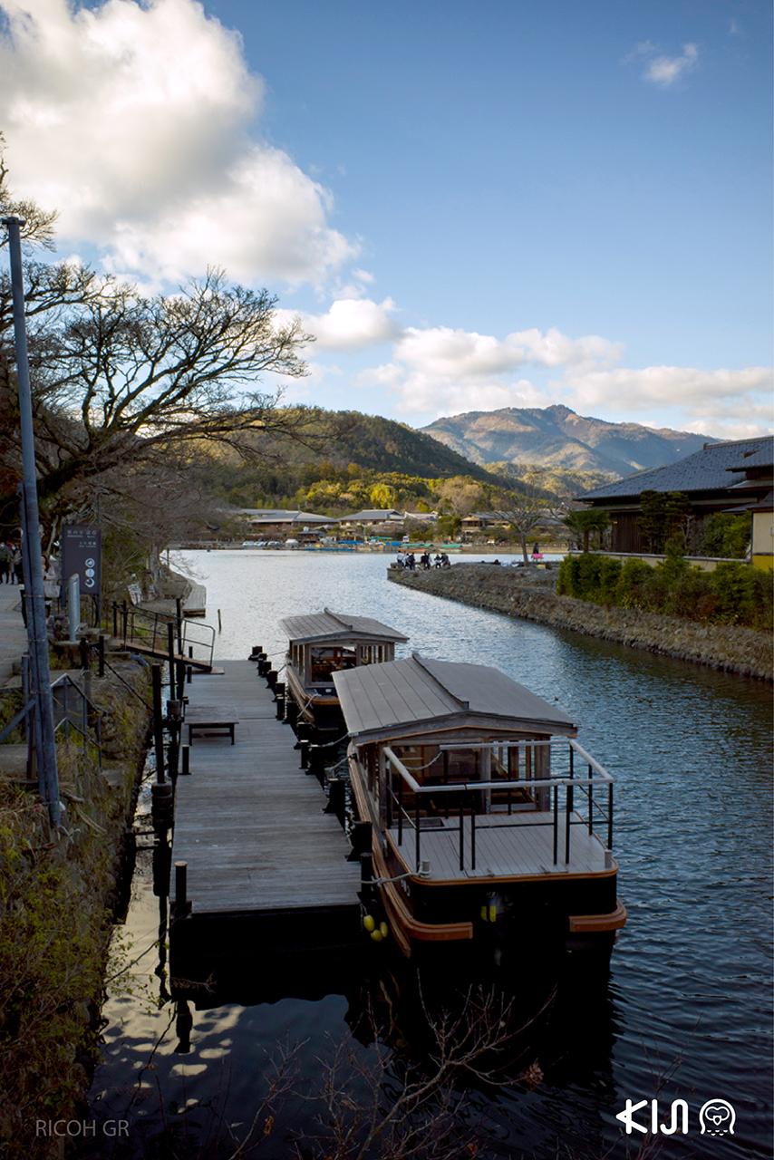 บรรยากาศรอบๆ Togetsukyo Bridge ที่ อาราชิยาม่า จ.เกียวโต
