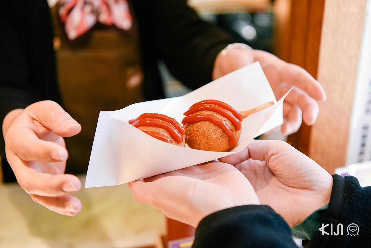 """กิน """"คามาโบโกะ"""" เพลินๆ ระหว่าง ชมซากุระ ใน มิยากิ ก็ทำให้อารมร์ดีไปทั้งวัน"""