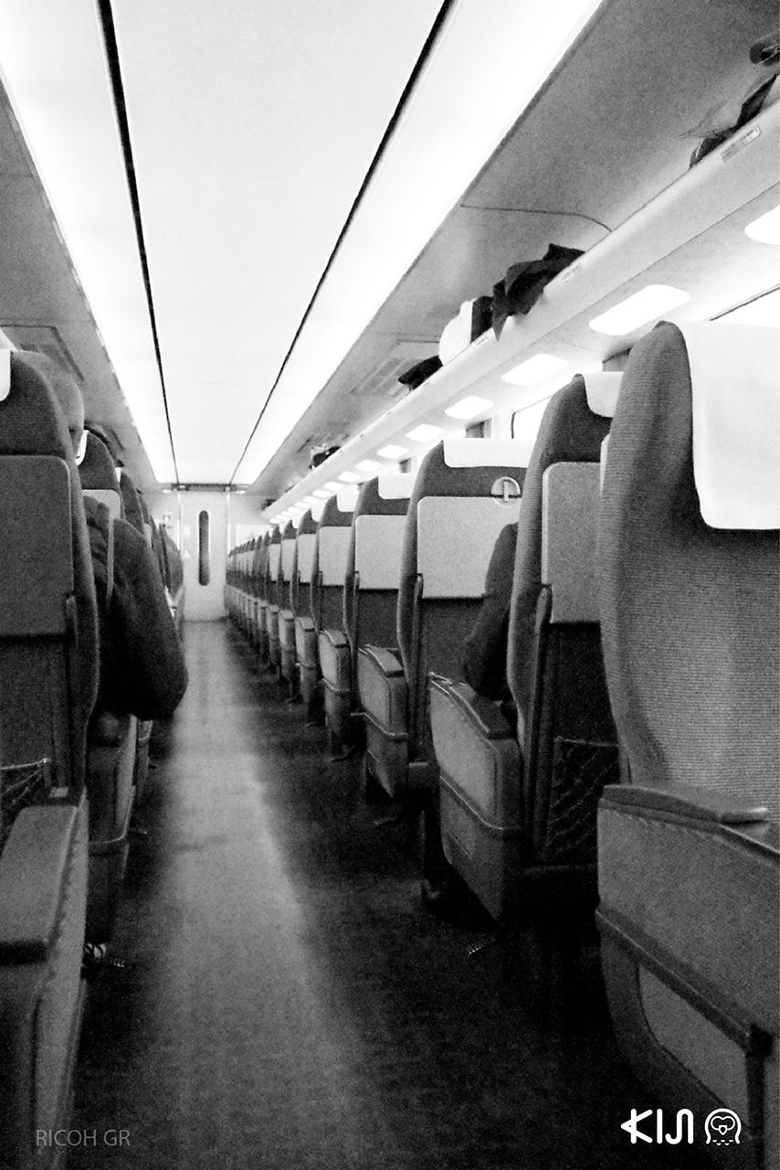 ภายในขบวนรถไฟสู่ Kanazawa