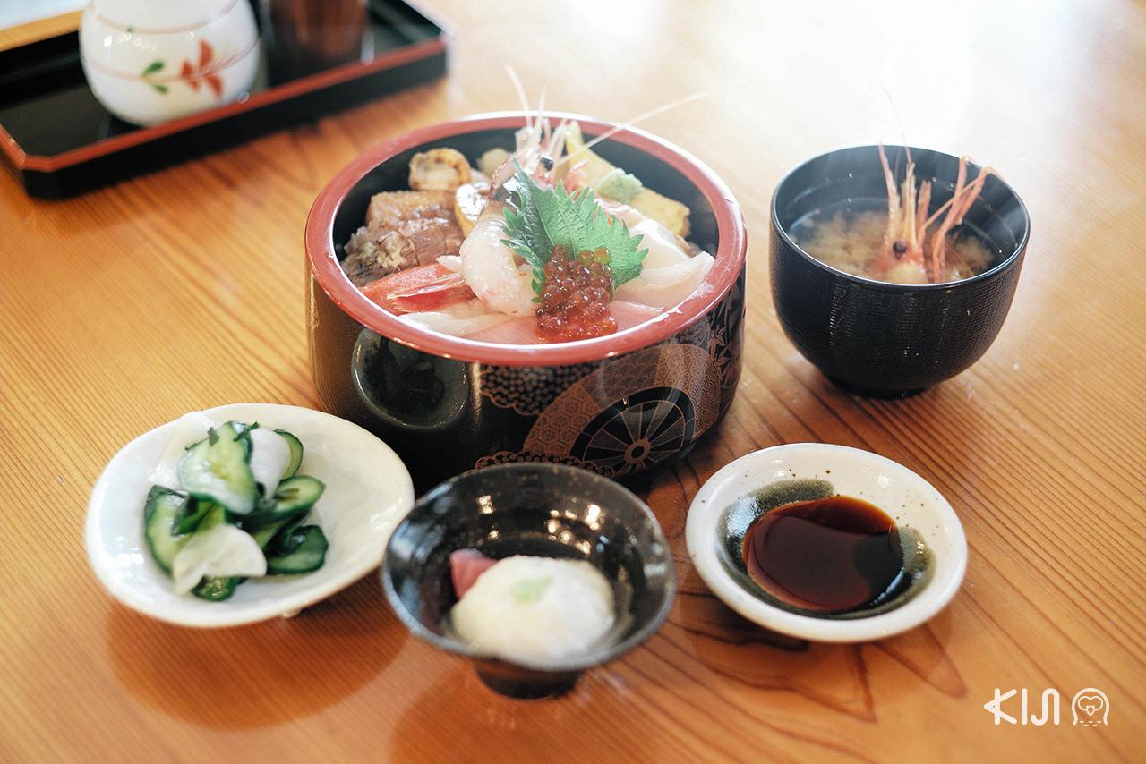 การได้กินอาหารอร่อยๆ หลังจาก ชมซากุระ ใน มิยากิ นี่มันสุดยอดจริงๆ !