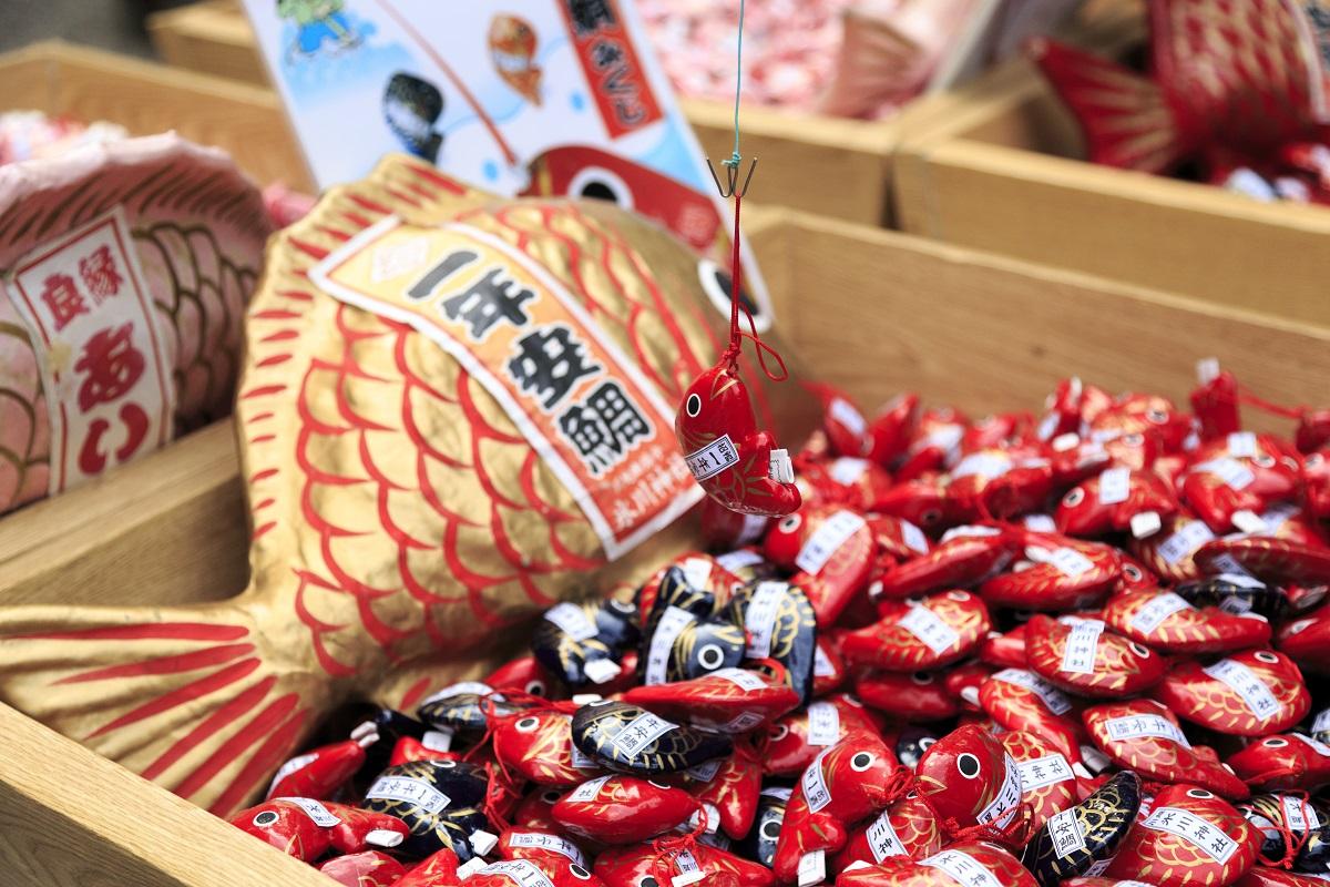 เซียมซีปลาไท จุดเด่นของศาลเจ้าคาวาโกเอะ ฮิกาวะ (Kawagoe Hikawa Shrine)