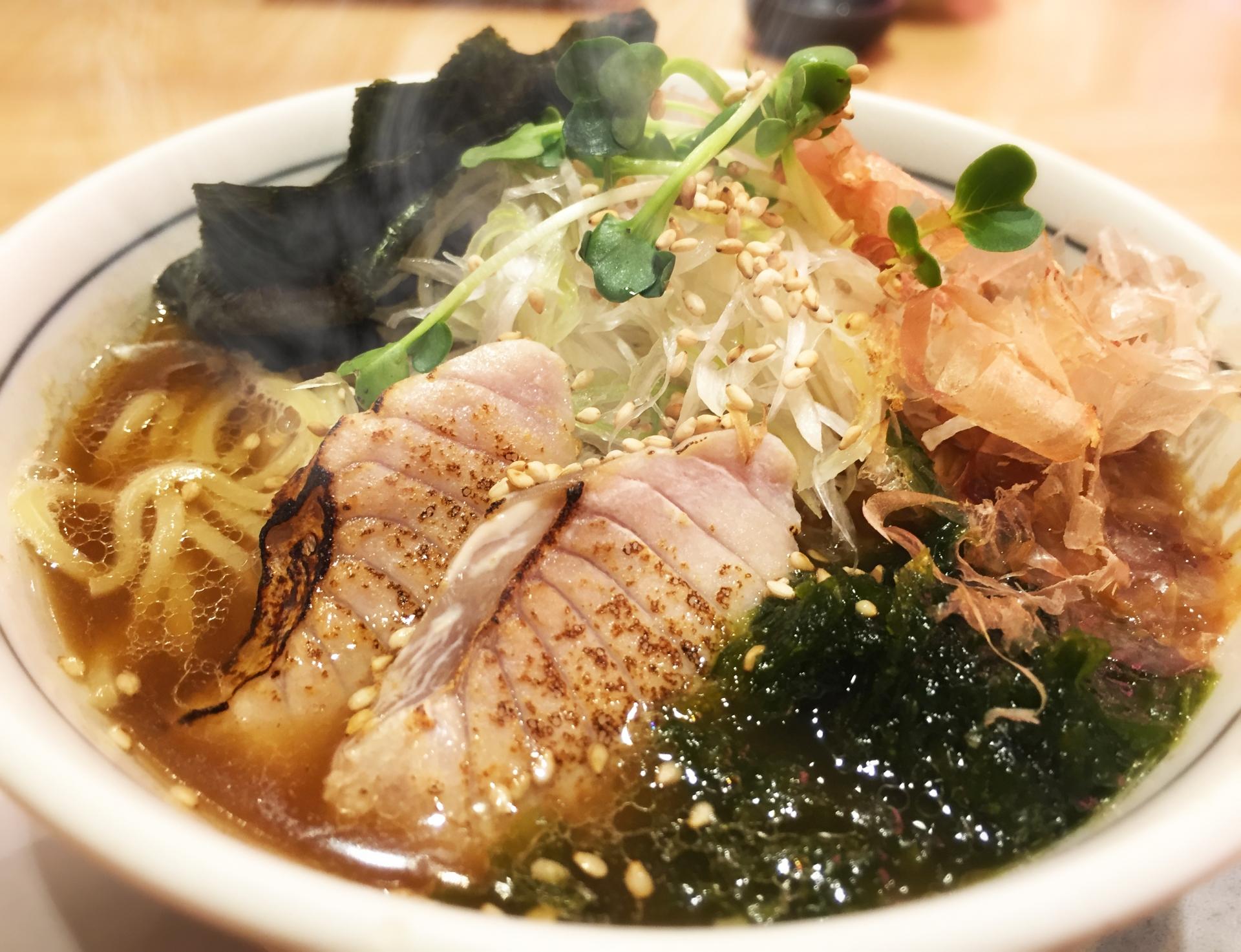 มากุโร่ราเมน อาหารท้องถิ่น คานางาวะ Maguro Ramen