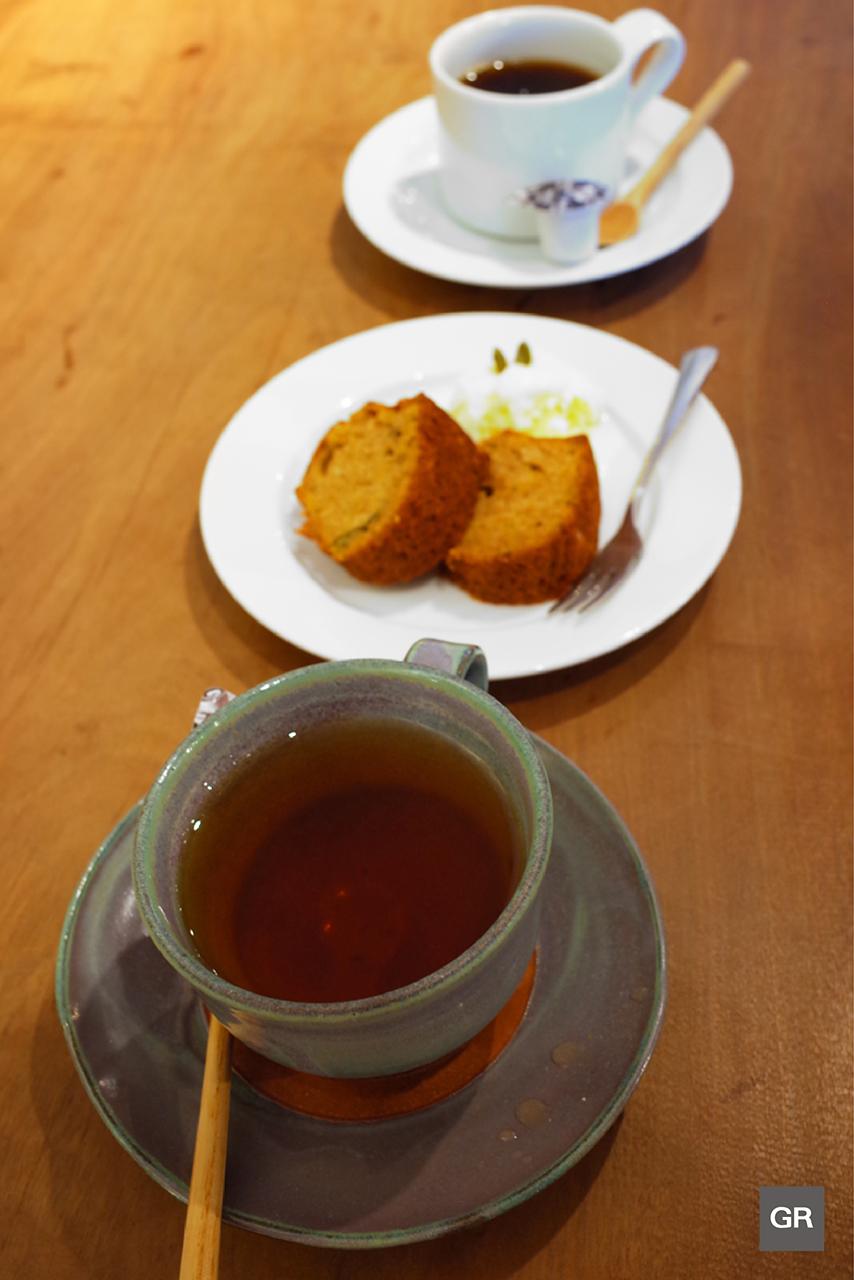 เที่ยว Nanao : แวะจิบชา ทานขนมหวานที่ Zakka Cafe