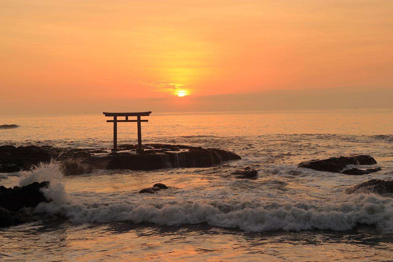 จุดชมพระอาทิตย์ขึ้น ใน ญี่ปุ่น : ศาลเจ้าโออาไร อิโซซากิ (Oarai Isosaki Shrine)