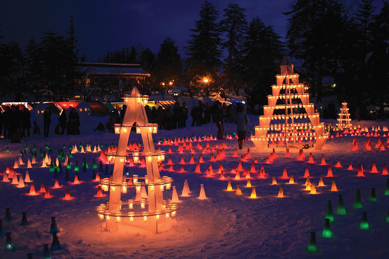 เที่ยว ยามากาตะ ที่งานเทศกาลโคมไฟหิมะอุเอสึกิ (The Uesugi Snow Lantern Festival)