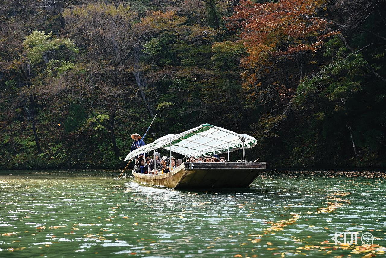 เที่ยว จ.อิวาเตะ (Iwate) - ล่องเรือโบราณที่ Geibikei Gorge