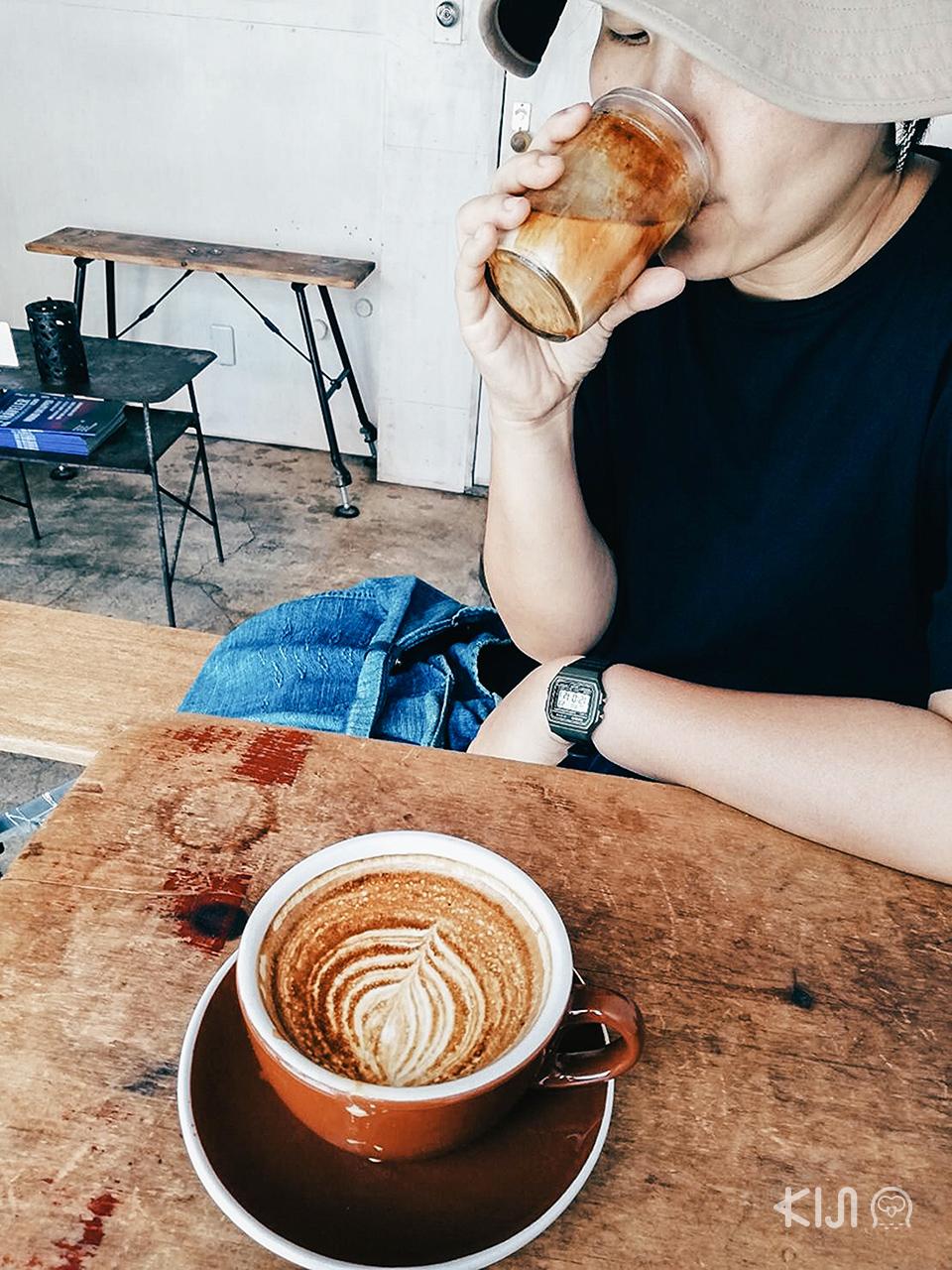 Bear Pond Espresso คาเฟ่ในโตเกียว
