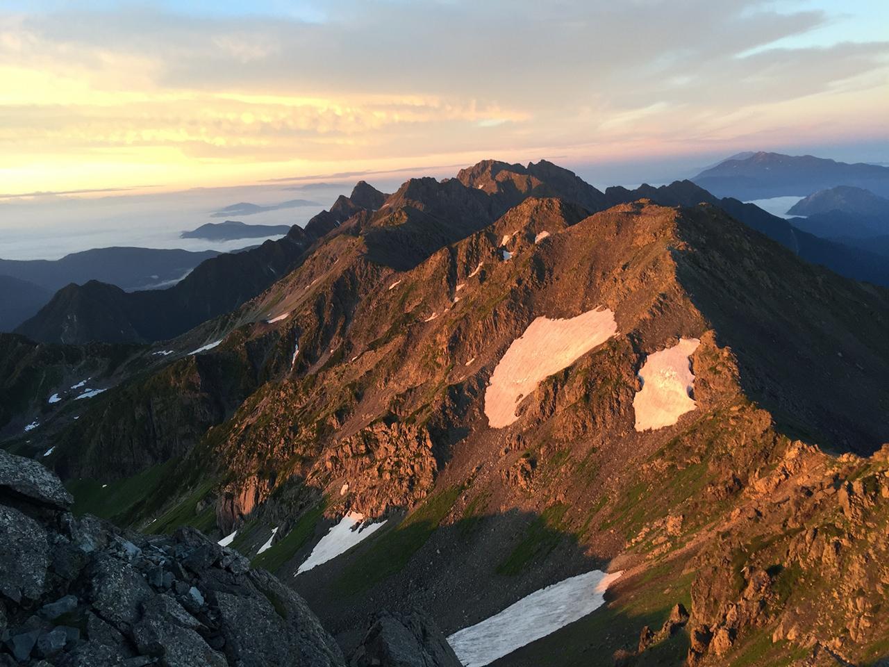 ภูเขายาริกาทาเคะ (Mt. Yarigatake) จ.นากาโน่ เป็น ภูเขาที่สูงเป็นอันดับ 5 ของญี่ปุ่น