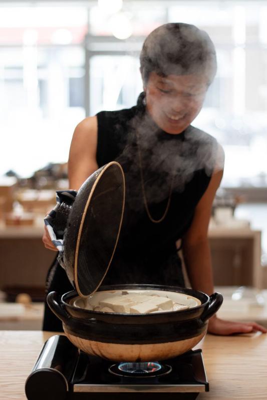 โดนาเบะ หม้อดินเผาญี่ปุ่น อีกหนึ่งเครื่องครัวที่สามารถนำมาใช้ทำอาหารได้หลากหลาย